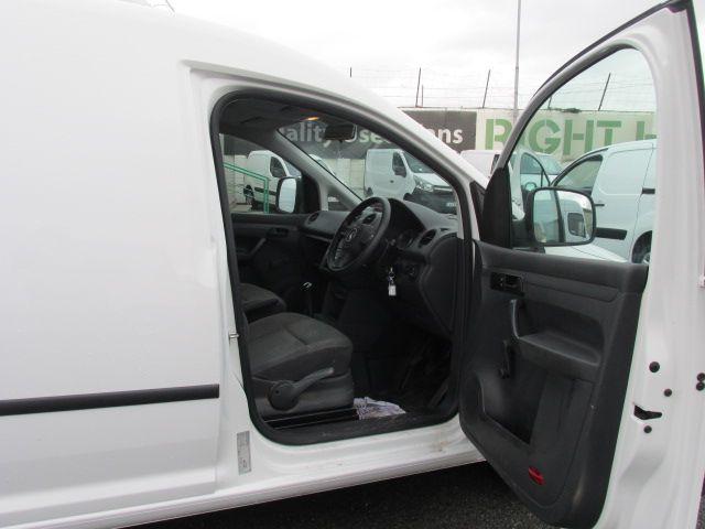 2015 Volkswagen Caddy C20 TDI STARTLINE (151D39648) Image 12