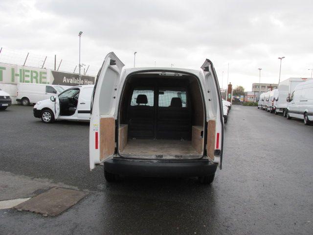 2015 Volkswagen Caddy C20 TDI STARTLINE (151D39648) Image 11