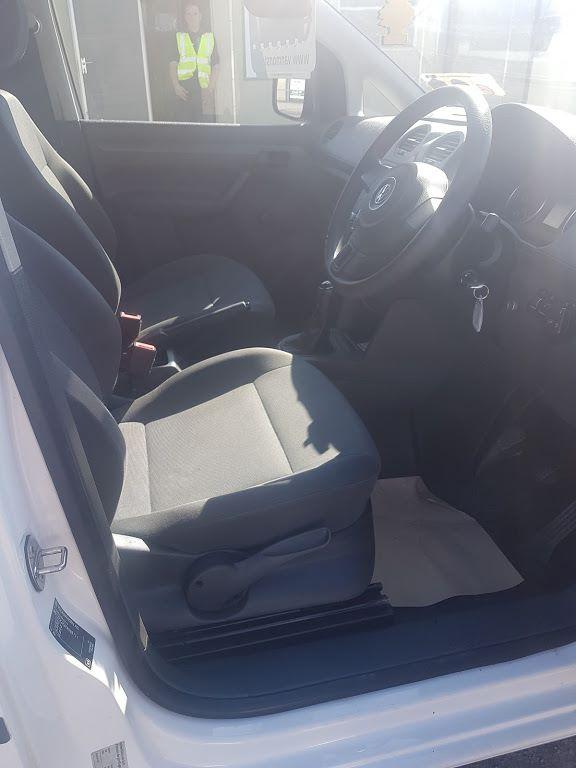 2015 Volkswagen Caddy C20 TDI STARTLINE (151D39796) Image 6