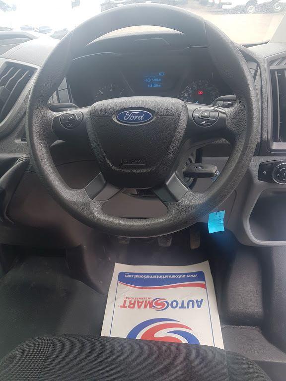 2015 Ford Transit 350 H/R P/V (151D39806) Image 5