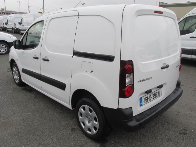 2015 Peugeot Partner HDI S L1 850 (151D39821) Image 3