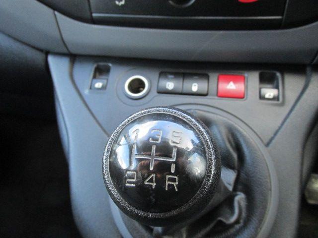 2015 Peugeot Partner HDI S L1 850 (151D39828) Image 13