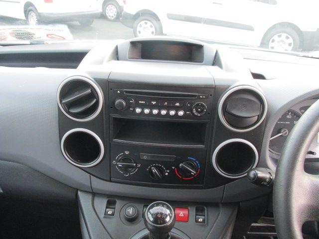 2015 Peugeot Partner HDI S L1 850 (151D39831) Image 16