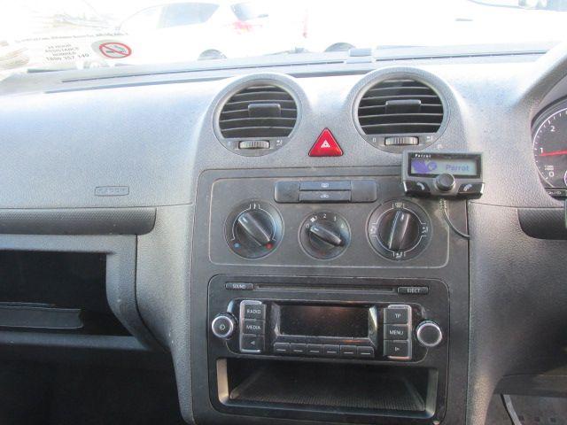 2015 Volkswagen Caddy C20 TDI STARTLINE (151D39983) Image 14