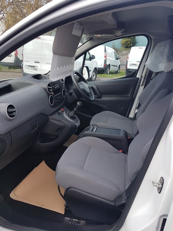 2015 Peugeot Partner HDI S L1 850 (151D39987) Image 14