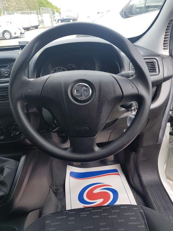 2015 Vauxhall Combo 2000 L1H1 CDTI (151D40013) Image 5