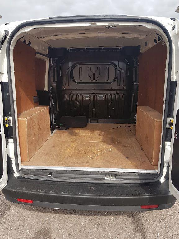 2015 Vauxhall Combo 2000 L1H1 CDTI (151D40013) Image 11