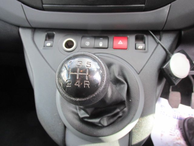 2015 Peugeot Partner HDI S L1 850 (3151D40039) Image 16