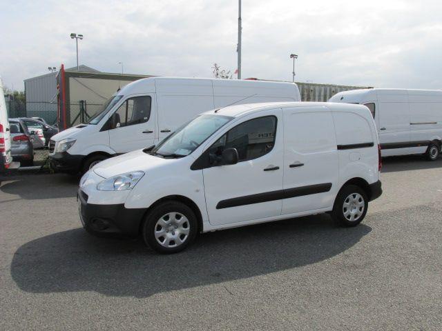 2015 Peugeot Partner HDI S L1 850 (151D40041) Image 3
