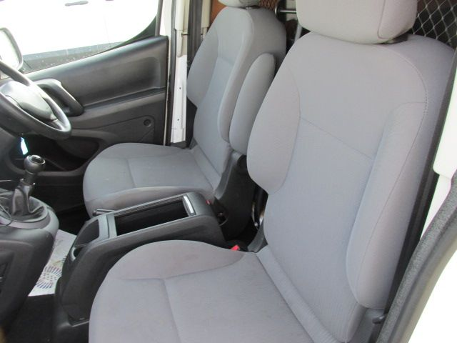 2015 Peugeot Partner HDI S L1 850 (151D40041) Image 9