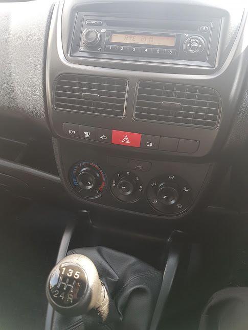 2015 Vauxhall Combo 2000 1.3 CDTI 16V L1H1 VAN (151D40044) Image 11
