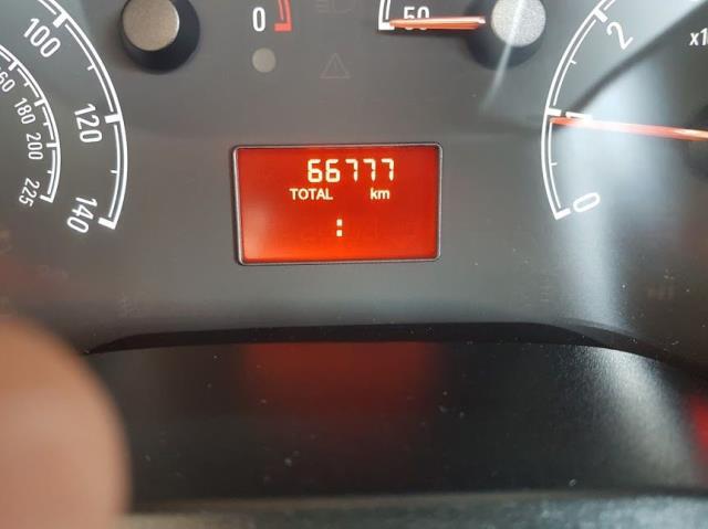 2015 Vauxhall Combo 2000 1.3 CDTI 16V L1H1 VAN (151D40044) Image 9