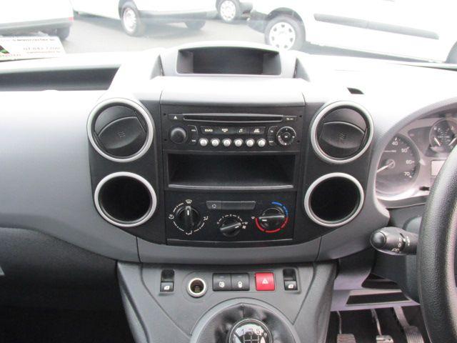 2015 Peugeot Partner HDI S L1 850 (151D47425) Image 16