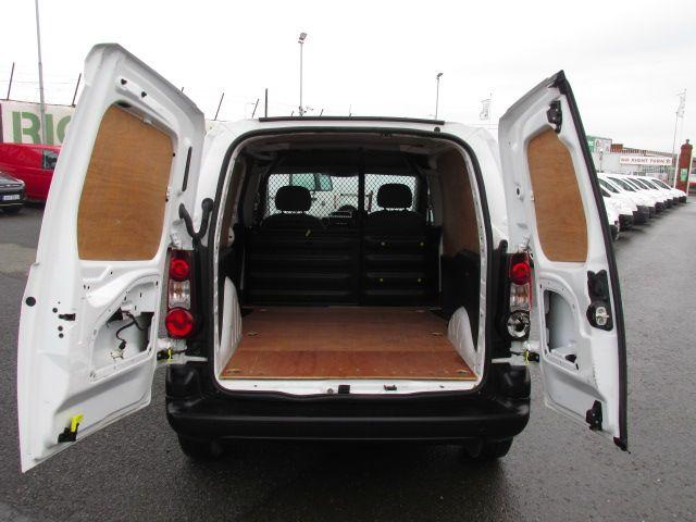 2015 Peugeot Partner HDI S L1 850 (151D47425) Image 9