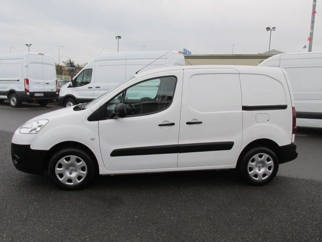 2015 Peugeot Partner HDI S L1 850 (151D47425) Image 4