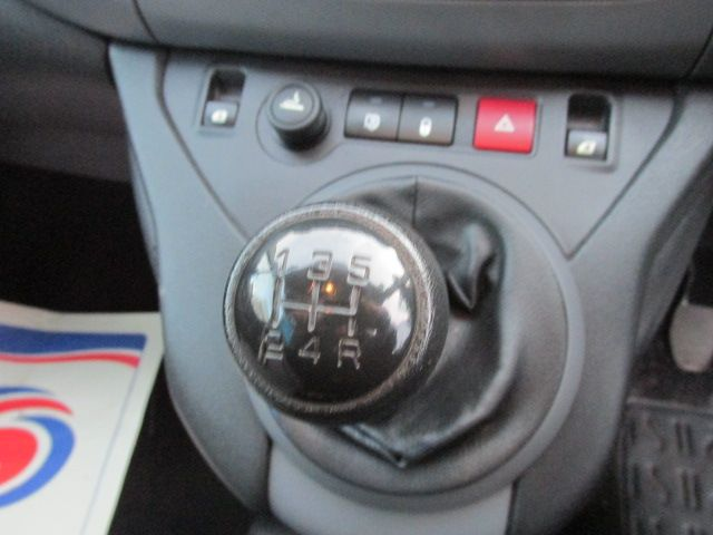 2015 Peugeot Partner HDI S L1 850 (151D47429) Image 13