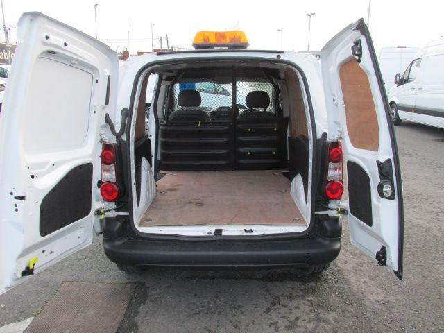 2015 Peugeot Partner HDI S L1 850 (151D47429) Image 10