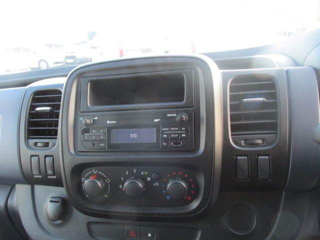 2015 Vauxhall Vivaro 2900 L2H1 CDTI P/V (151D51136) Image 14