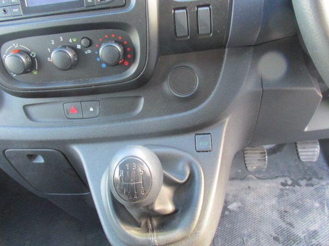 2015 Vauxhall Vivaro 2900 L2H1 CDTI P/V (151D51136) Image 13