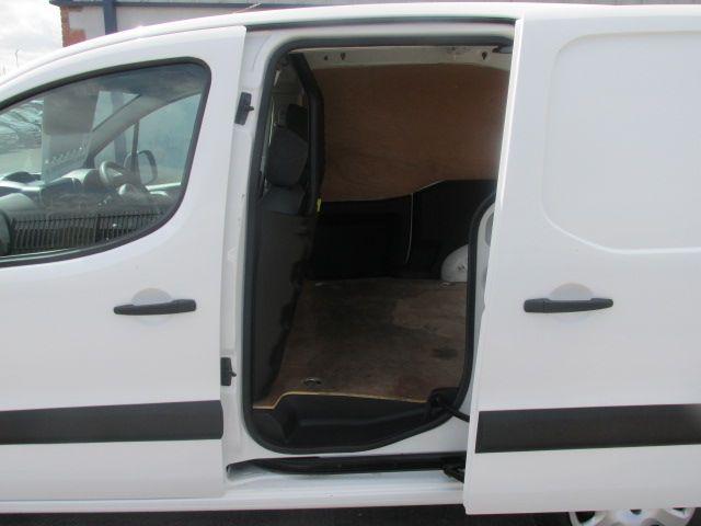 2015 Peugeot Partner HDI S L1 850 (151D24846) Image 8
