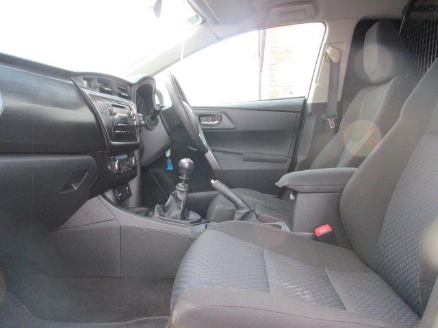 2015 Toyota Auris 1.4D4D Terra VAN 4DR (151D25273) Image 9