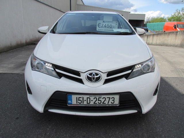 2015 Toyota Auris 1.4D4D Terra VAN 4DR (151D25273) Image 2