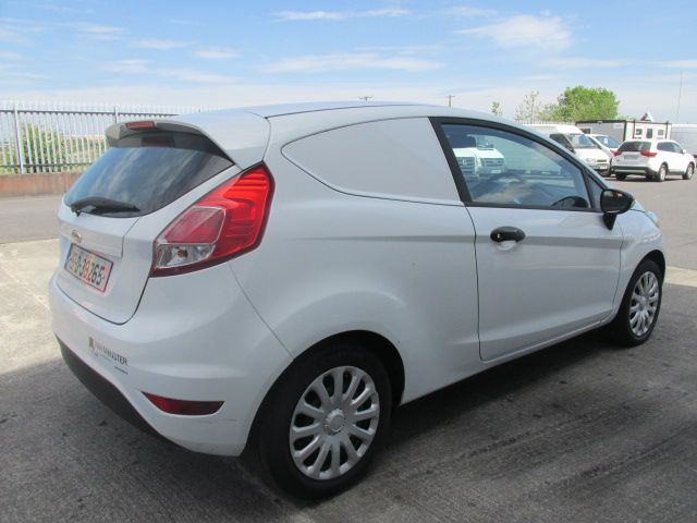 2015 Ford Fiesta BASE TDCI (151D38265) Image 6