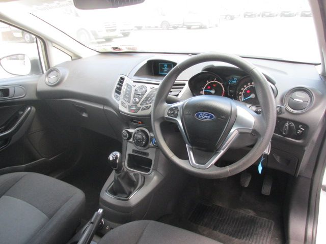 2015 Ford Fiesta BASE TDCI (151D38265) Image 10