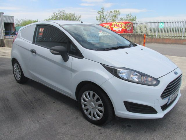 2015 Ford Fiesta BASE TDCI (151D38265)