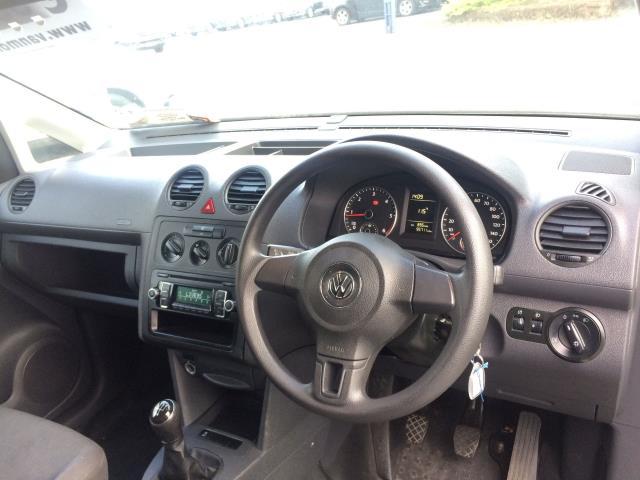 2015 Volkswagen Caddy C20 TDI STARTLINE (151D39652) Image 10