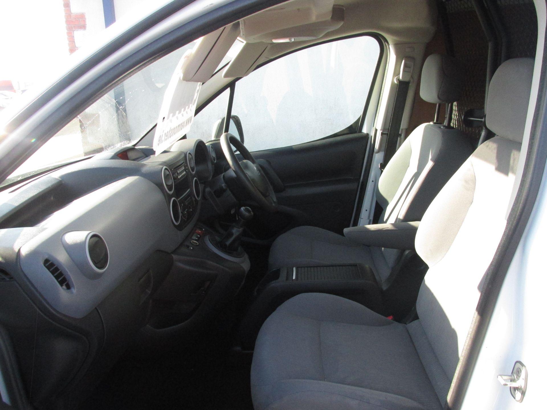 2015 Peugeot Partner HDI S L1 850 (151D39809) Image 9