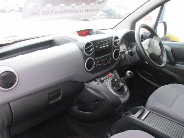 2015 Peugeot Partner HDI S L1 850 (151D47422) Image 11