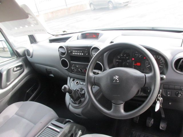 2015 Peugeot Partner HDI S L1 850 (151D47913) Image 10