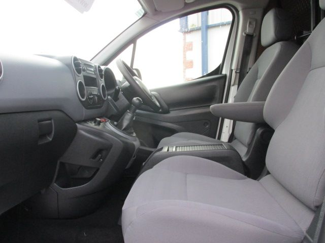 2015 Peugeot Partner HDI S L1 850 (151D47916) Image 10