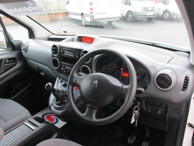 2015 Peugeot Partner HDI S L1 850 (151D47916) Image 11