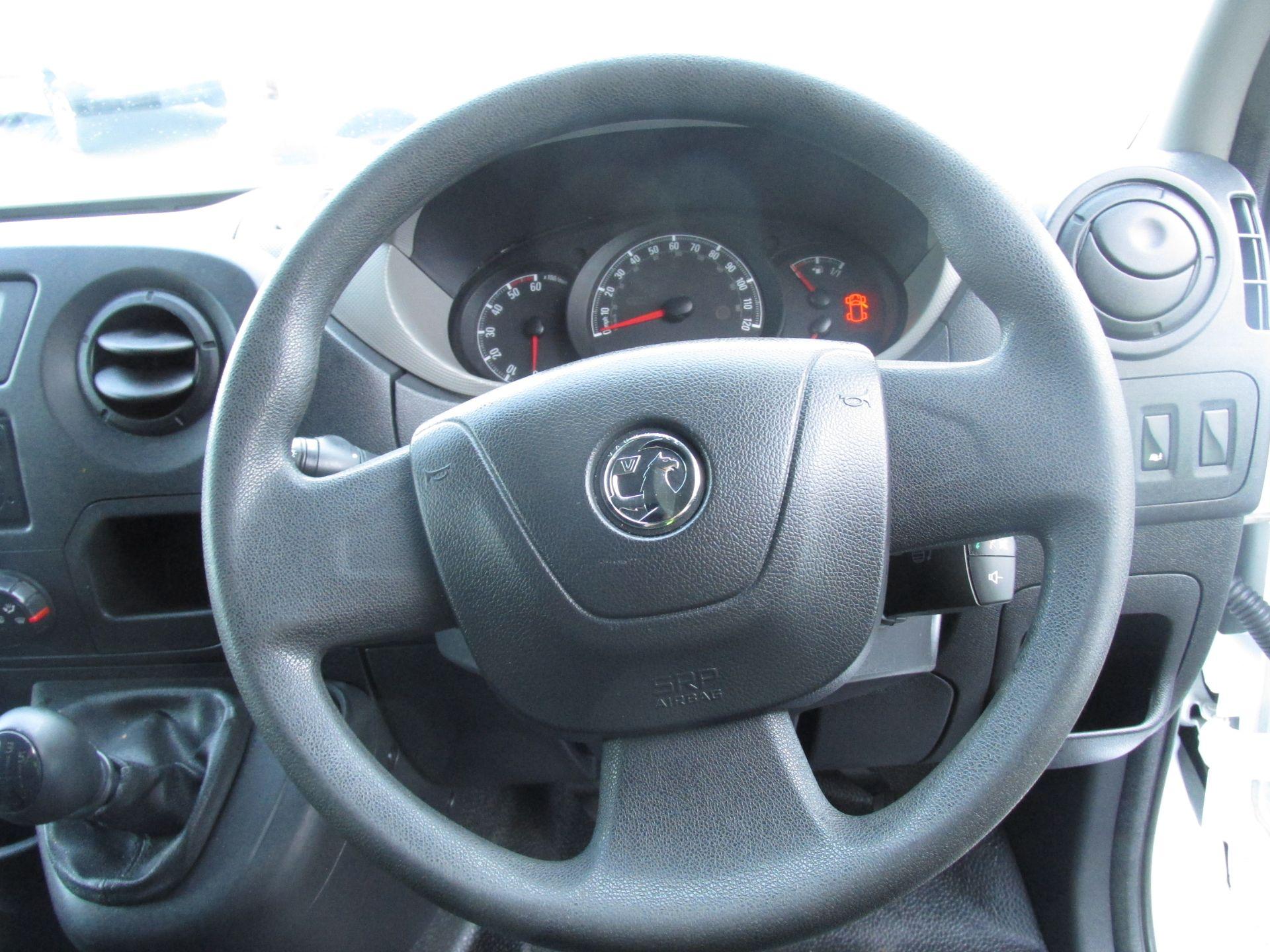 2015 Vauxhall Movano R3500 L3H3 P/V CDTI (152D10848) Image 14