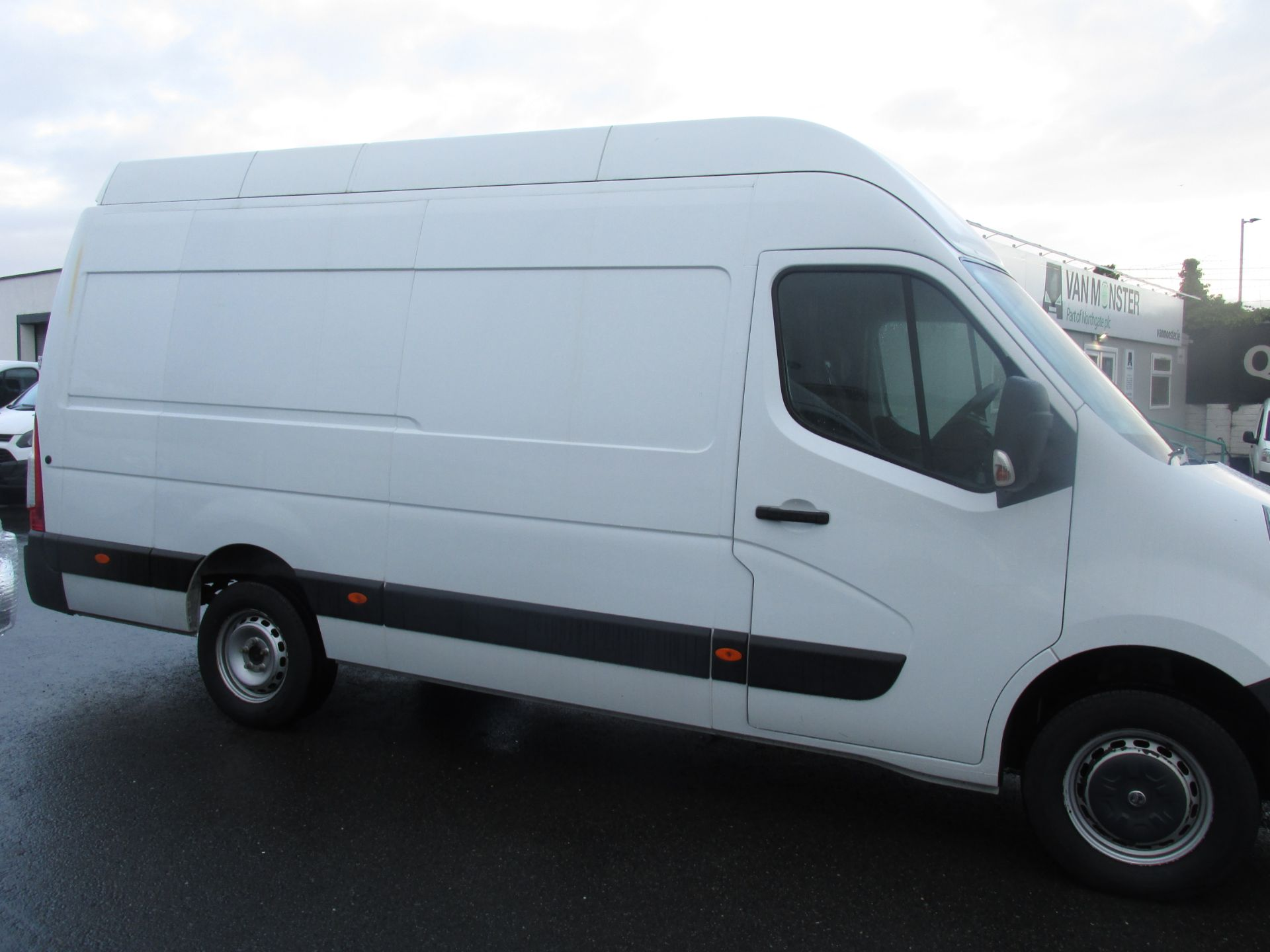 2015 Vauxhall Movano R3500 L3H3 P/V CDTI (152D10848) Image 2