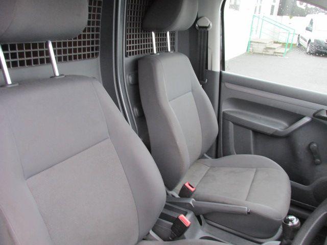 2015 Volkswagen Caddy C20 TDI STARTLINE (152D10855) Image 12