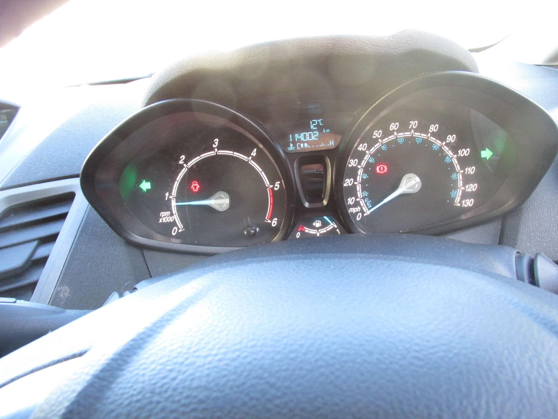 2015 Ford Fiesta BASE TDCI (152D14533) Image 13