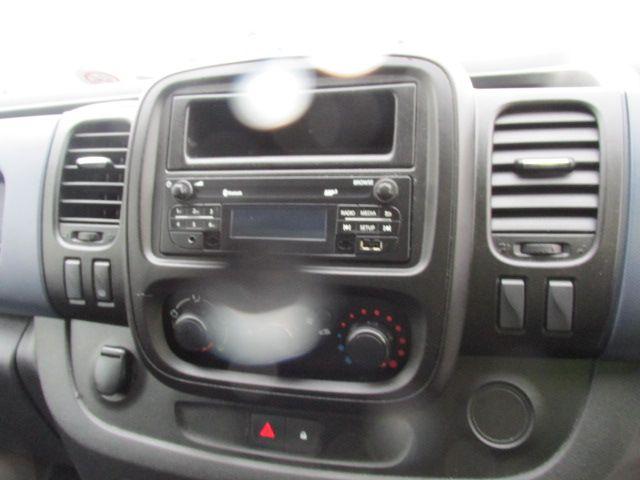 2015 Vauxhall Vivaro 2900 L2H1 CDTI P/V (152D15089) Image 16