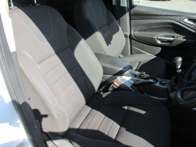 2015 Ford Kuga Commercial Commercial Zetec 2S 120 FWD (152D15853) Image 11
