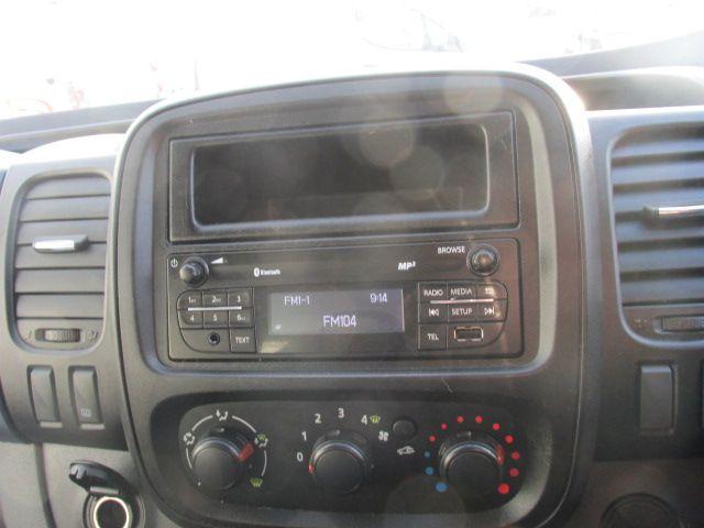 2015 Vauxhall Vivaro 2900 L2H1 CDTI P/V (152D15899) Image 13