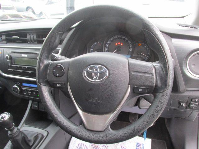 2015 Toyota Auris 1.4D4D Terra VAN 4DR (152D17364) Image 13