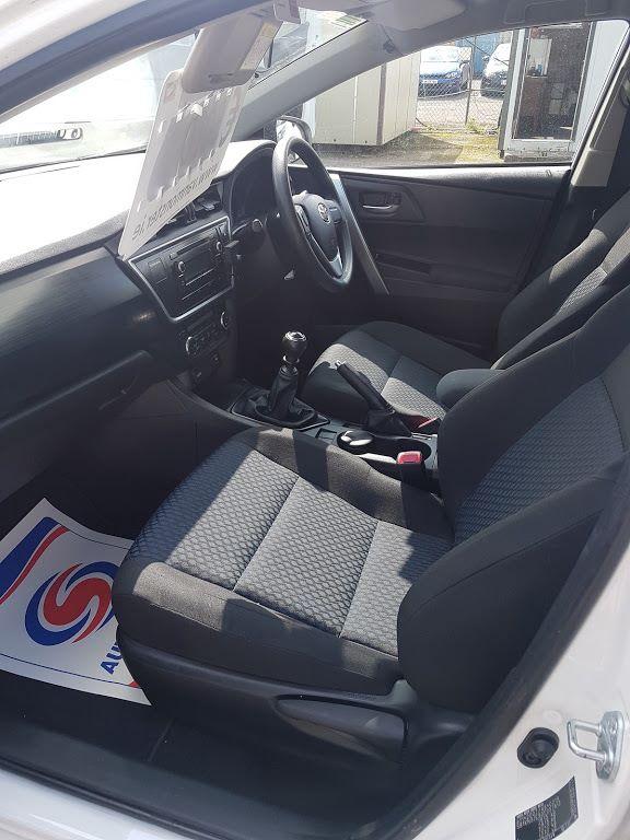 2015 Toyota Auris 1.4D4D Terra VAN 4DR (152D17393) Image 16