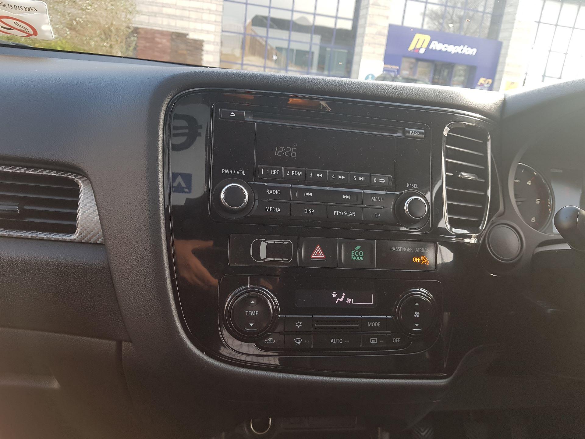 2015 Mitsubishi Outlander 4WD 6MT N1 Comm 4DR (152D18581) Image 12