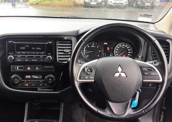 2015 Mitsubishi Outlander 4WD 6MT N1 Comm 4DR (152D18993) Image 9