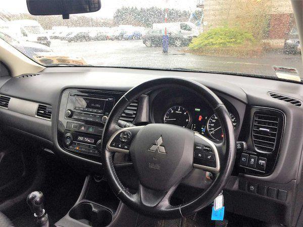 2015 Mitsubishi Outlander 4WD 6MT N1 Comm 4DR (152D18993) Image 8