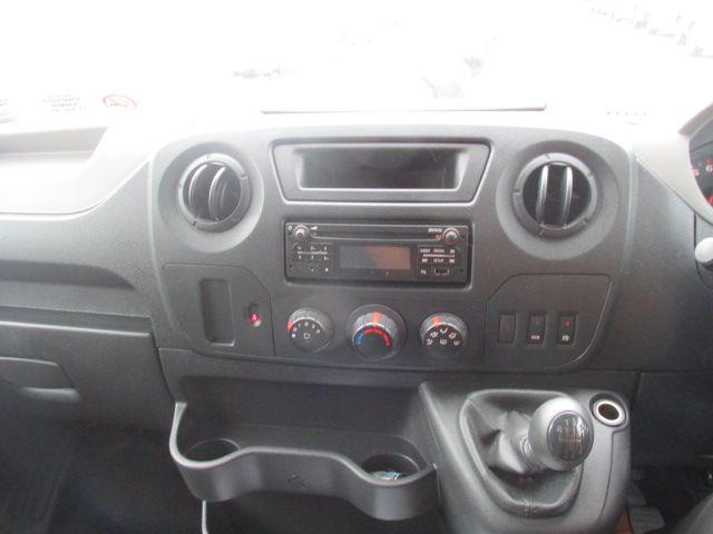 2015 Renault Master III RWD LML35 DCI 165 Energy Busin (152D19346) Image 14