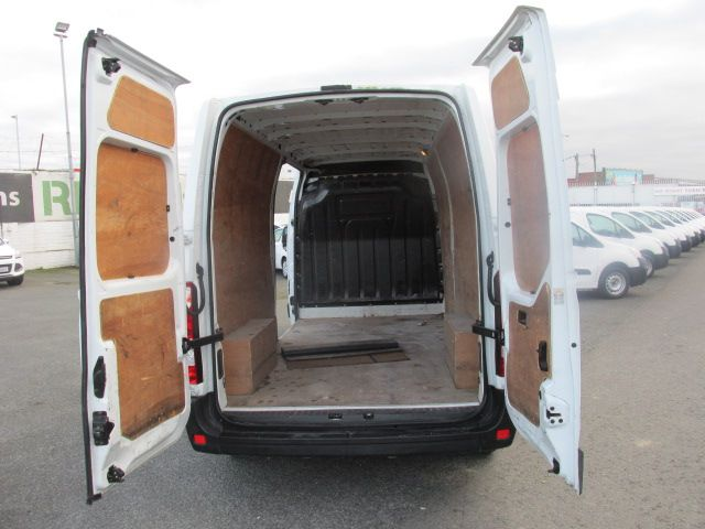 2015 Renault Master III FWD LM35 DCI 125 Business 3DR (152D19500) Image 8