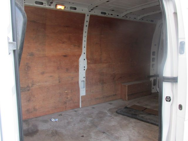 2015 Renault Master III FWD LM35 DCI 125 Business 3DR (152D19500) Image 7